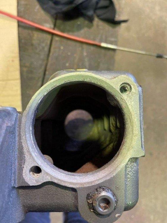 rear.thumb.jpg.b7bd7836466501a4affde46cae0e467a.jpg